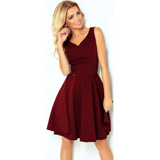 219004e3a5 Sukienka Numoco mini z dekoltem v czerwona na wesele gładka na ramiączkach