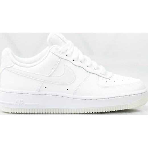 separation shoes ebc56 68709 Buty sportowe damskie Nike do biegania air force bez wzorów białe na  koturnie