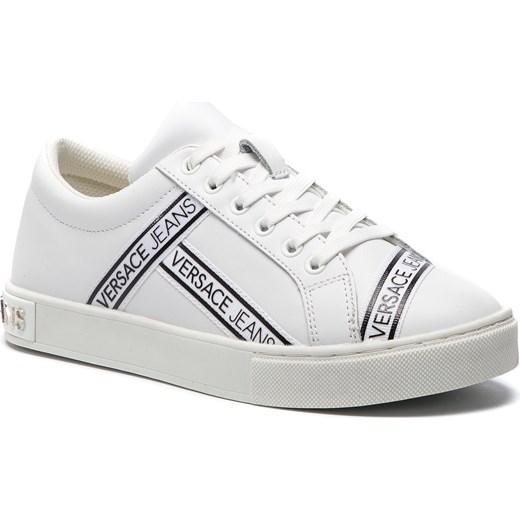 ca670d2f3e355 Trampki damskie białe Versace Jeans na płaskiej podeszwie z tworzywa  sztucznego sportowe bez wzorów