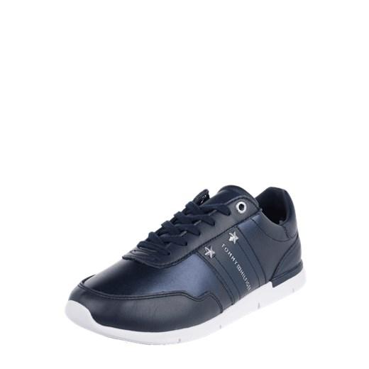 f104640420c20 Buty sportowe damskie Tommy Hilfiger sneakersy młodzieżowe płaskie  sznurowane bez wzorów1