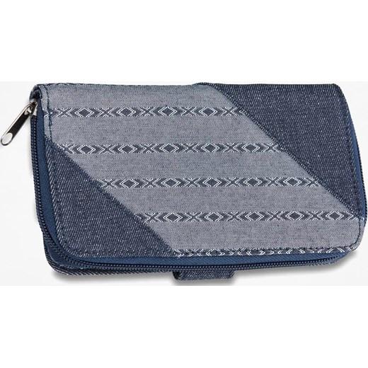 2c4db8f160159 Dakine portfel damski casualowy niebieski z nadrukami · Dakine portfel  damski z nadrukami casualowy · Portfel damski Dakine