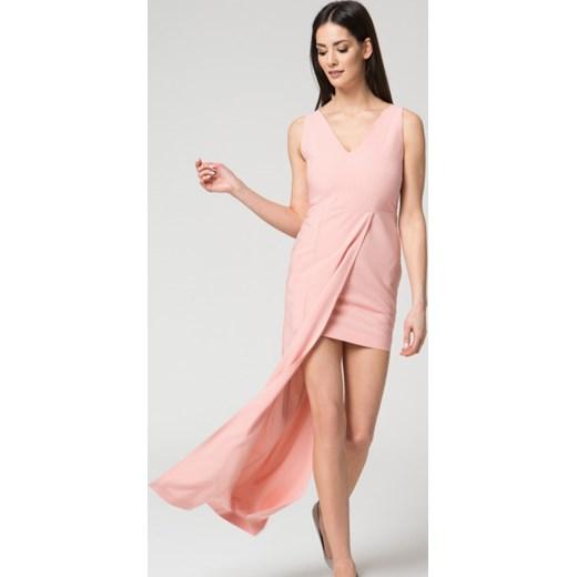 28dc488ec1 Sukienka Mosali różowa asymetryczna bez rękawów na wesele bez wzorów ...
