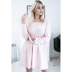 4d1f675907 Sukienka oversize owa różowa z długimi rękawami gładka mini