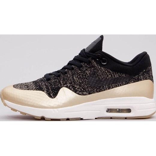 6c4e27a04bd9f Nike buty sportowe damskie dla biegaczy na wiosnę czarne sznurowane na płaskiej  podeszwie gładkie