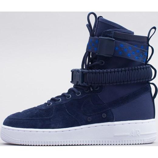 Buty sportowe damskie Nike koszykarskie air force niebieskie bez wzorów na koturnie sznurowane