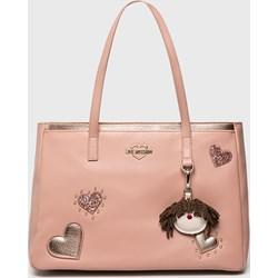 bb4bad0a13f72 Różowe torebki damskie love moschino