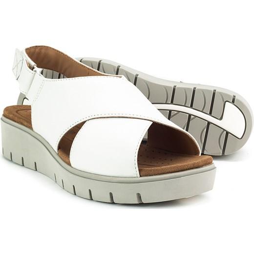 c95800ec7a09 ... Sandały damskie białe Clarks z niskim obcasem casualowe na rzepy ...