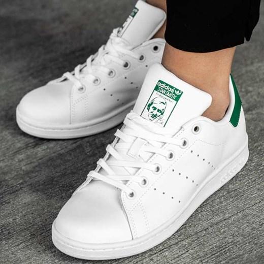 20b1d30992737 ... Białe trampki damskie Adidas stan smith sznurowane bez wzorów sportowe  skórzane ...