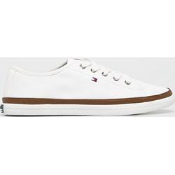 9660c7c4d059f Tommy Hilfiger trampki damskie białe na płaskiej podeszwie sportowe bez  wzorów