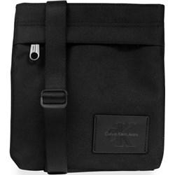 8955a656c3516 Listonoszka Calvin Klein z tkaniny przez ramię średnia bez dodatków casual