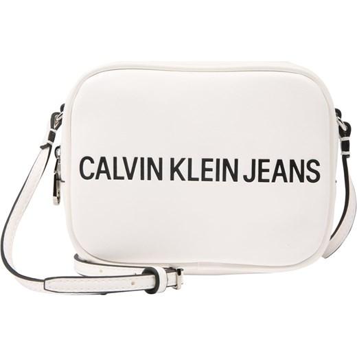 d053e8e8ef58c Listonoszka Calvin Klein w stylu młodzieżowym biała mała bez dodatków ...