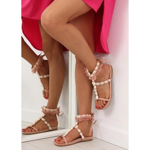 e43fca1ebbfd7d ... Sandały damskie wiązane na płaskiej podeszwie z aplikacjami casual