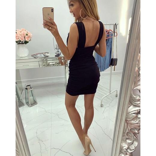 00728d7f7d Sukienka mini czarna na imprezę z dekoltem v dopasowana bez rękawów ...