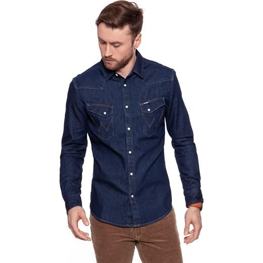 0013a28e Koszula męska Wrangler gładka z klasycznym kołnierzykiem jeansowa