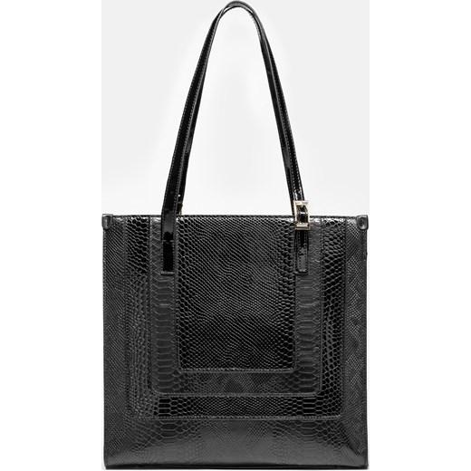 ac7e0b6069c00 Shopper bag Kazar lakierowana duża na ramię skórzana bez dodatków