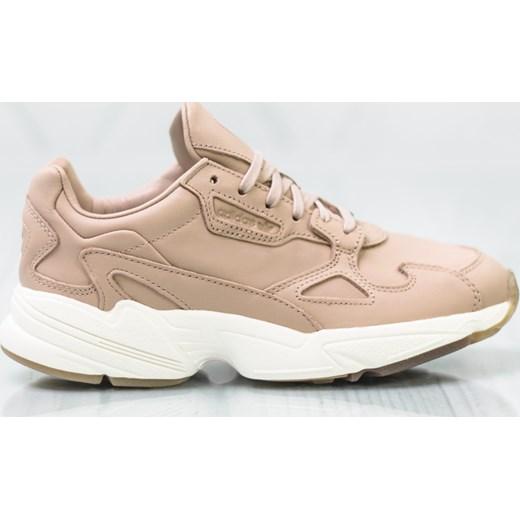 Różowe buty sportowe damskie Adidas do fitnessu sznurowane na platformie bez wzorów
