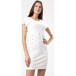 5efebc1b Sukienka Born2be dopasowana biała bez wzorów z okrągłym dekoltem na co dzień