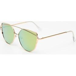 2284470858a5 Okulary przeciwsłoneczne damskie Cropp