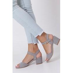 5b83cb1ffe948e Tamaris sandały damskie na słupku granatowe eleganckie z niskim ...
