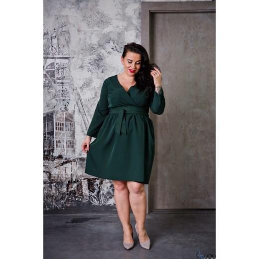 87d68b539a Sukienka jesienna dla puszystych z długimi rękawami w Domodi