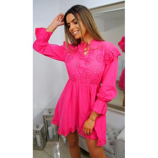 c0cb58644f Sukienka różowa elegancka mini z żabotem na wesele w Domodi