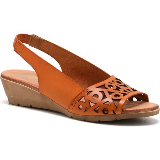 e7efa6415d303 Brązowe sandały damskie Verano bez zapięcia na koturnie casual bez wzorów  na średnim obcasie