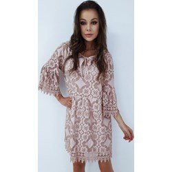 deaaede4d4 Sukienka z długim rękawem mini różowa wyszczuplająca
