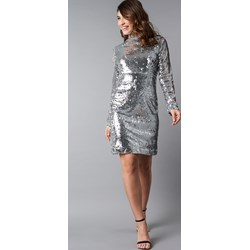 630c2eec18 Sukienka NA-KD Party prosta srebrna z długim rękawem z golfem