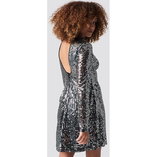 b8808cefc6 Sukienka srebrna NA-KD mini w Domodi