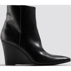 df64fc41 Botki NA-KD Shoes na koturnie bez wzorów