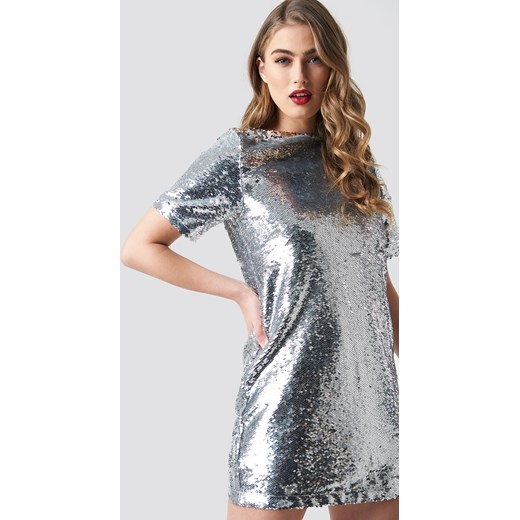 92bfd910f9 Sukienka NA-KD mini prosta w Domodi