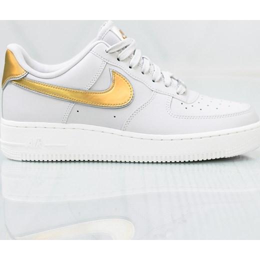 Nike buty sportowe damskie dla biegaczy air force białe płaskie