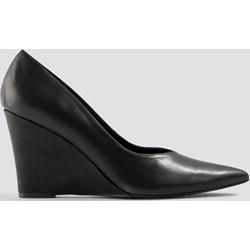 821fb6bd NA-KD Shoes czółenka czarne na koturnie bez wzorów bez zapięcia ze  szpiczastym noskiem eleganckie