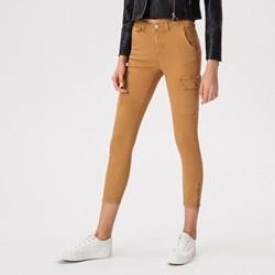 7552e484723236 Spodnie damskie Sinsay na wiosnę bez wzorów