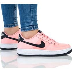 961b89d5148f Różowe buty sportowe damskie Nike do biegania air force bez wzorów