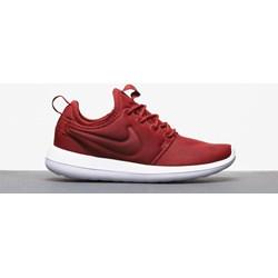 f386460d24cf Buty sportowe damskie Nike Roshe