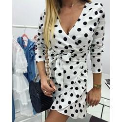 6495e834c2 Sukienka biała z długim rękawem mini