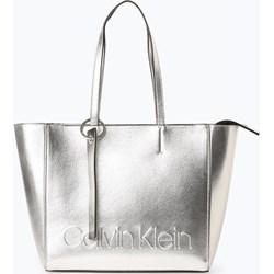 caed1a3f1358d Shopper bag Calvin Klein wakacyjna bez dodatków na ramię