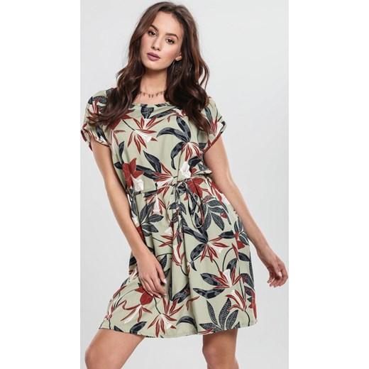 7e20387a73 Zielona Sukienka Lurk Renee odzież w Domodi