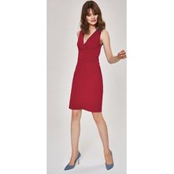 3e4a1940c7 Sukienka Femestage bez rękawów elegancka bez wzorów midi prosta na randkę