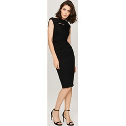 7d8699af52 Sukienka Femestage midi z okrągłym dekoltem do pracy bez rękawów