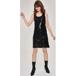 d9c8b93a834bc Selfieroom. Sukienka Femestage czarna elegancka z okrągłym dekoltem na  wiosnę