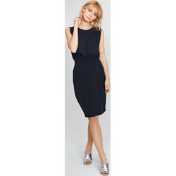 4e8524659a Sukienka Femestage bez rękawów elegancka midi na spotkanie biznesowe