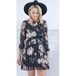 4a4f223ac6 Sukienka z żabotem czarna z długimi rękawami mini