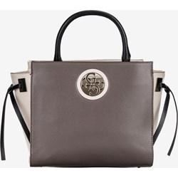 38213f599eb67 Guess shopper bag zdobiona bez dodatków do ręki średniej wielkości