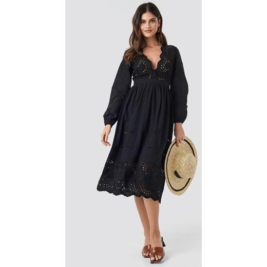 b26f00991 Sukienka NA-KD Boho z długimi rękawami w Domodi