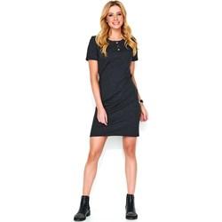 5ef2b49e97d289 Sukienka czarna Makadamia z okrągłym dekoltem na spacer