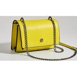 41b1ff92f61af Listonoszka żółta Mohito matowa na ramię glamour bez dodatków