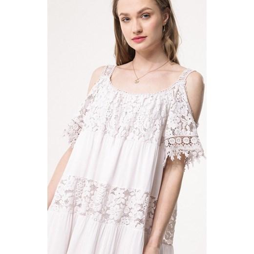 bfbd1eb36a ... Sukienka Born2be oversize koronkowa z krótkimi rękawami mini z okrągłym  dekoltem na co dzień  Sukienka biała ...