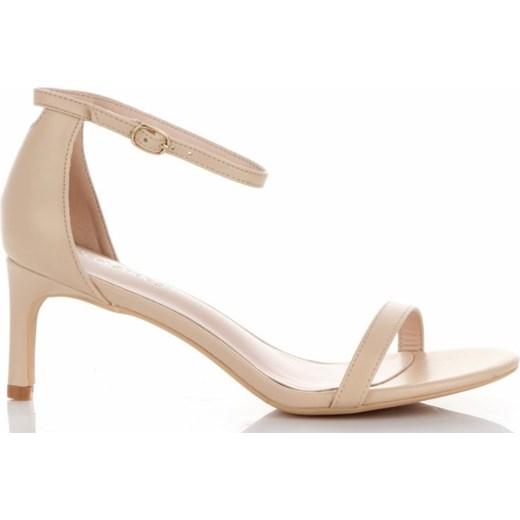 8a5d49dc Sandały damskie Ideal Shoes bez wzorów z klamrą na średnim obcasie w ...